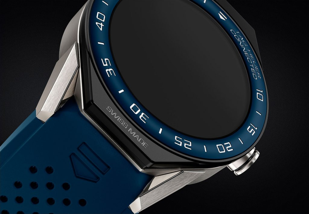 New Tag Heuer Modular Smartwatch Uses Android Wear 2.0 ...